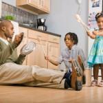 O PROJETO PLAY: Brincadeira e Linguagem para crianças pequenas no espectro autista – Primeiros ensaios.